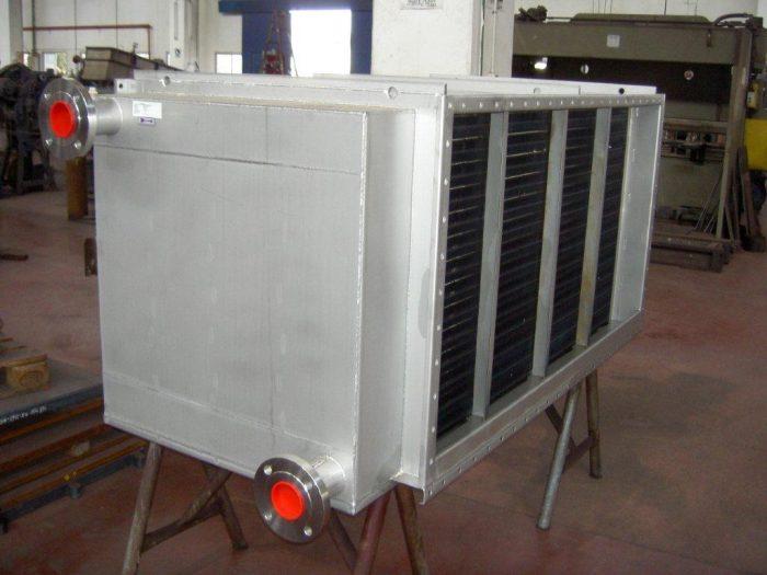 בתמונה: מחליף חום לקירור אוויר תהליכי עשוי כולו פלב